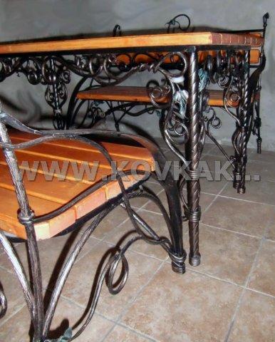 От Ковка КД комплект садовой мебели. кованый стол + две кованые лавочки.