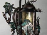 Кованый фонарь с дубовыми листьями